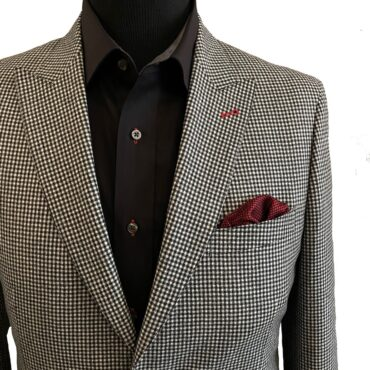 EB13072 - Black and White Mini Check, 100% Wool